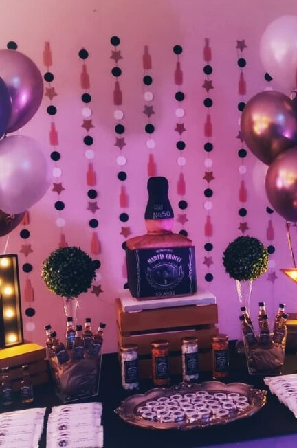 mesas temáticas adultos whisky jack daniels tortas botellas whisky